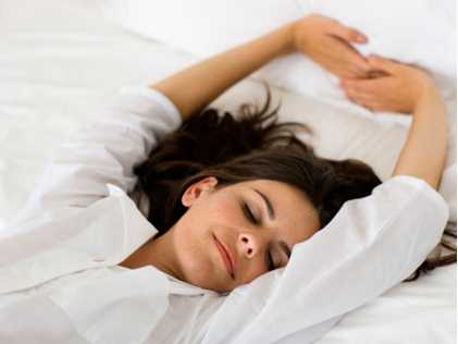 sleeping with decrease lower back pain