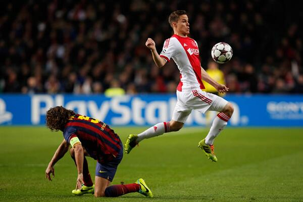 Getty Image: Ajax 2-1 Barcelona. Only One Point Separates Ajax and AC Milan Ahead of the Final Round of Matches.