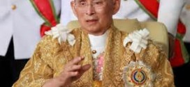 King Of Thailand Sues For Peace, Unity As He Celebrates 86th Birthday
