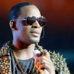 R. Kelly's Response To Village Voice Story About Past Assault Allegations