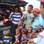 PHOTOS: SEE How This Nollywood Actress Put Smiles On The Faces Of Five Students