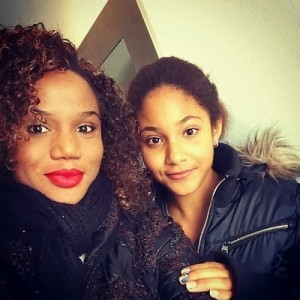 Maheeda-and-her-daughter-