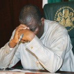 president-jonathan-prays-1-3