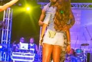 Drunk In Love: SEE Tiwa Savage And Hubby Kissing On Stage [PHOTOS]