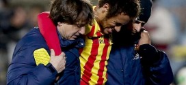 Barca's Neymar Ruled Out for a Month