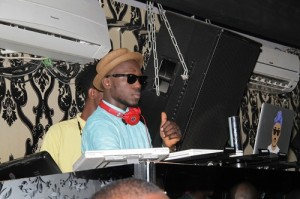 DJ Spinall1 300x199 See Etisalat Ambassador Sasha and Patoranking get down at Nigerian Idol Eviction Party