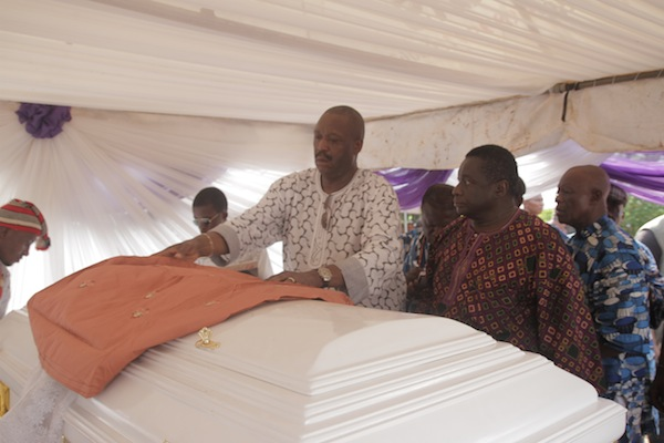 amaka ig8 PHOTOS: Late Filmmaker, Amaka Igwe Buried Amid Tears