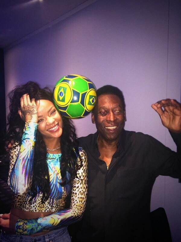 pele and ri2 Rihanna Poses With Legendary Pele In Brazil