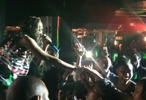 Tiwa Savage Delights Thousand Of Fans In Soweto