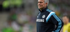 """Mourinho """"Assuming Risk"""" on Costa, Drogba Out With Ankle Problem"""