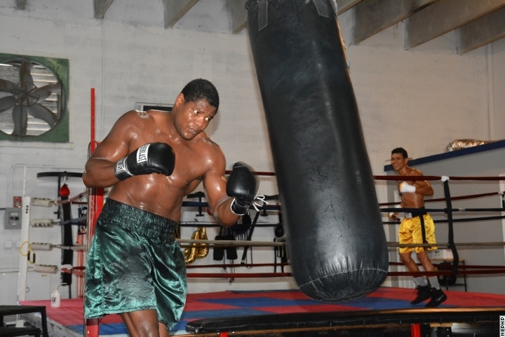 Luis Ortiz Boxer Luis Ortiz in One of His Gym