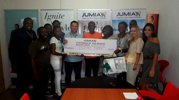 Social Customer of the month 600x337 JUMIA Nigeria celebrates 1 million Facebook Fans with Social Customer of the month