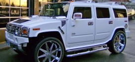 Guess Which Female Celebrity Is Cruising Round In A Hummer 2