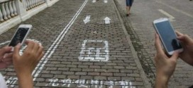 Chinese City Opens World's First Street Lane for People Who Walk While Texting
