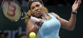 OMG! Serena Williams does an eye-popping full split during tennis game