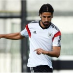 Football's Latest: Chelsea make transfer offer to sign Real Madrid's Sami Khedira ahead of Arsenal