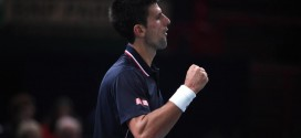 "Paris Masters: Djokovic in ""Tough Battle"" With Murray"