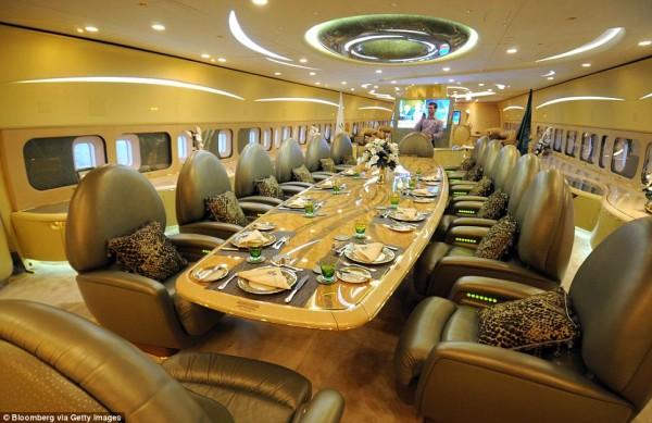 PLUSH: THE DINING FACILITIES ON BOARD SAUDI PRINCE AL-WALEED BIN TALAL'S PRIVATE BOEING 747.