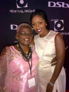 Tiwa Savage with mum at the Channel VMA 2012