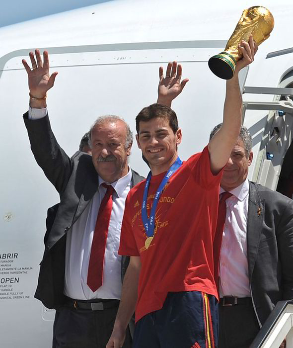 Vicente del Bosque Led the World- Cup- Winning- Team Entourage.