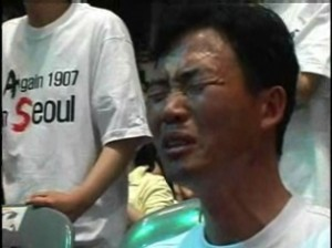 Korean Christian praying for another revival in North Korea (CBN)