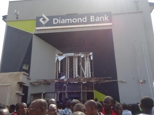 Banks Shut Out Customers In Akure Over Robbery Scare