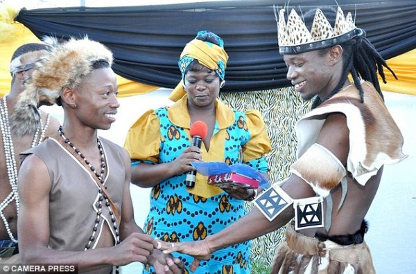 first-traditional-african-gay-wedding-ceremony-600x396[1]