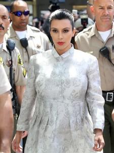 kim-kardashian-court-gallery-ftr