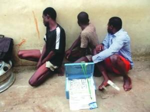 men caught with fake dollars