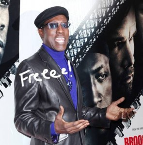 wesley-snipes-released-from-jail__oPt