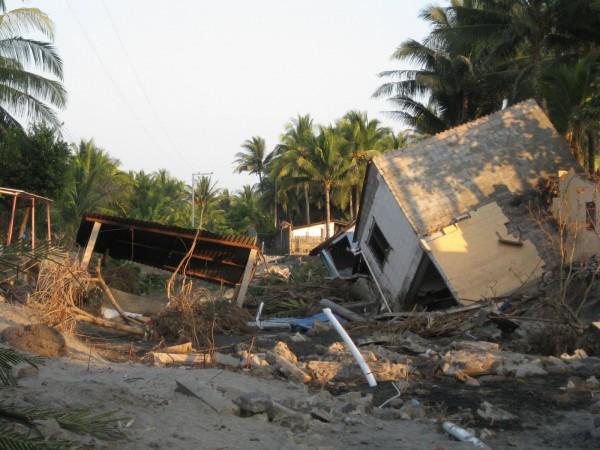 destroyed_house_windstorm