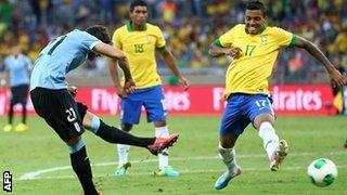 Cavani Silenced the Home Crowd at the Estadio Mineirao.