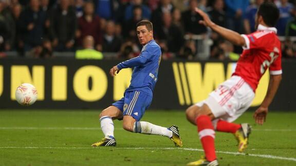 Fernando Torres Puts Chelsea in Front in the Europa League Final at the Amsterdam Arena.