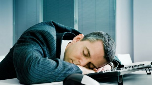 bank_employee_fell_asleep