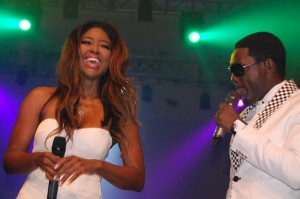 kenya-moore-and-ay-at-the-dkm-concert-eko-hotel-and-suites-june-2013-1