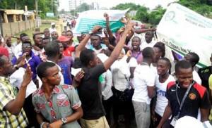 Protesting Polytechnic Students Shut Down Abeokuta