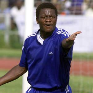 Victor Ezeji Joins Enyimba.