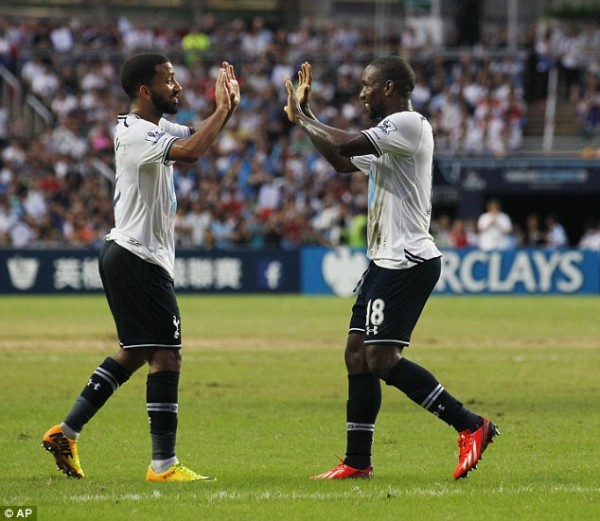 Defoe Scores Hat-Trick as Spurs Rout South China 6-0.