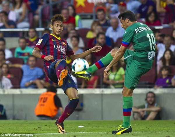 Second-Half Substitute Neymar in Thrilled Barca Fans But Failed to Score on His Debut.