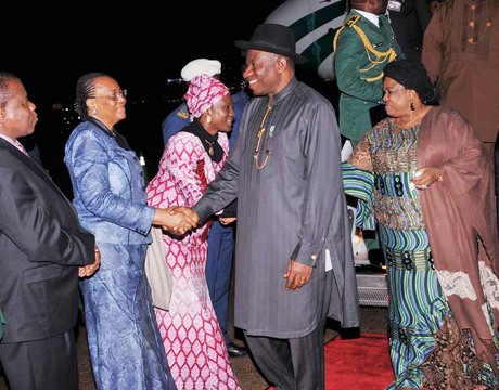 FROM LEFT: NIGERIAN AMBASSADOR TO U.S, PROF. ADEBOWALE ADEFUYE; NIGERIAN PERMANENT REPRESENTATIVE TO THE UNITED NATIONS, PROF. JOY OGWU; MINISTER OF FOREIGN AFFAIRS, PROF. VIOLA ONWULIRI, WELCOMING PRESIDENT GOODLUCK JONATHAN AND THE WIFE, DAME PATIENCE AT JOHN F KENNEDY INTERNATIONAL AIRPORT FOR THE 68TH SESSION OF THE UN GENERAL ASSEMBLY IN NEW YORK ON SUNDAY