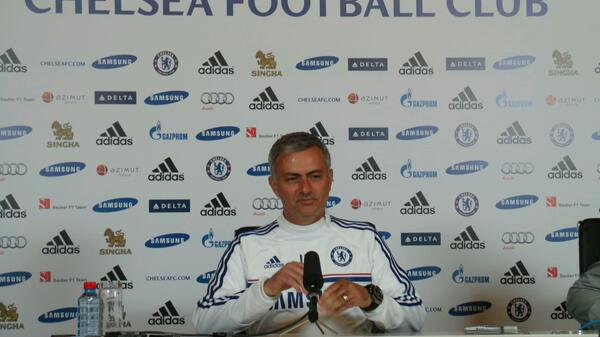 Jose Mourinho Wants AVB to be Professional.