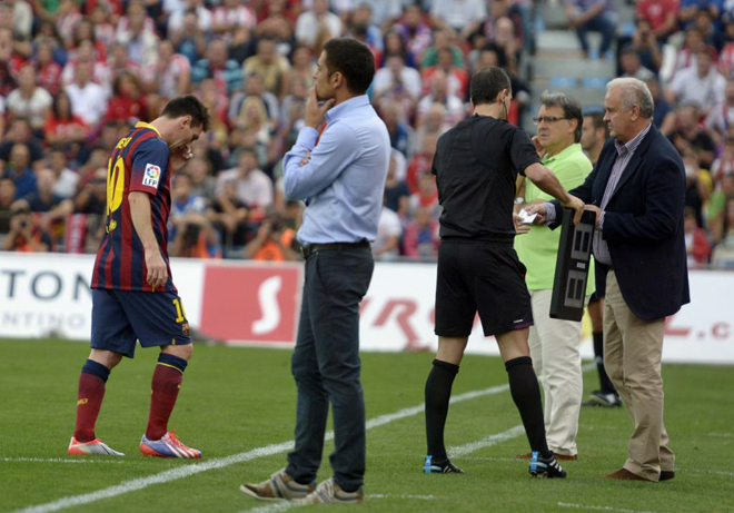 Lionel Messi Set to  Miss Barca's Trip to Celtic Park Due to a Tie Injury.