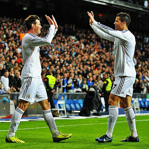 Elated! Gareth Bale and Cristiano Ronaldo Shares a High-Ten.