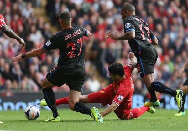 Luis Suarez Opened Scoring for Liverpool.