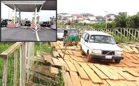 lagos_private_wooden_bridge_owners_make_millions_of_naira_everyday_investigation