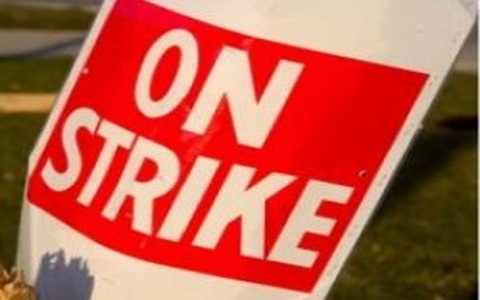 on-strike-sign_10_0