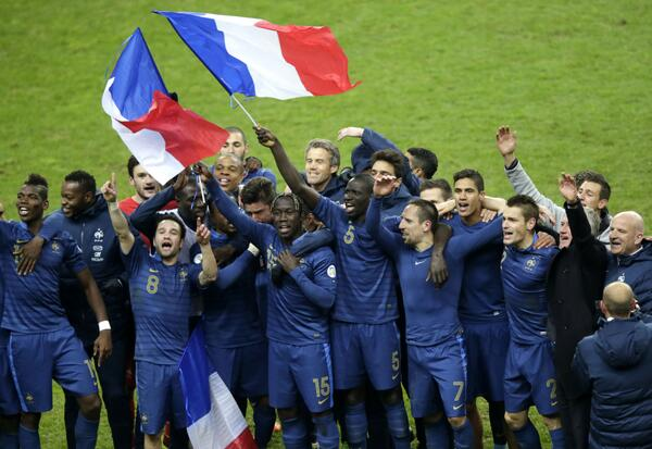 France Players Celebrates World Cup Qualification.