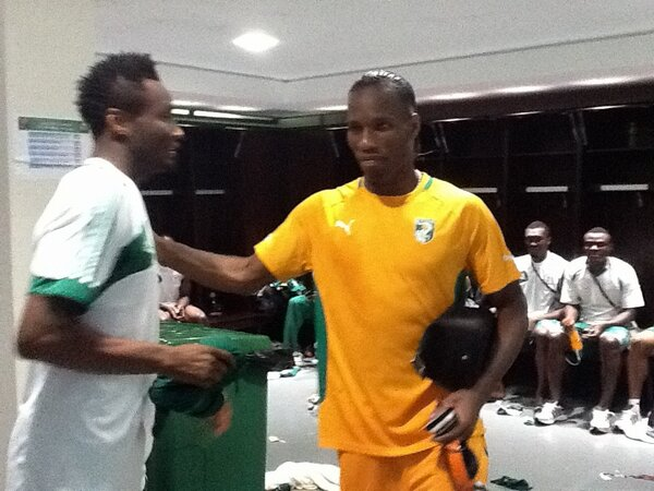 Image credit: Twitter @IdahPeterside. Drogba Goes Inside the Eagles dressing Room to Congratulate Mikel.