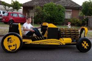 LEGO-car-550x366