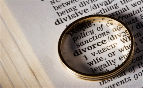 You'll Not Believe Why This Couple Of 12 Years Dissolved Their Marriage